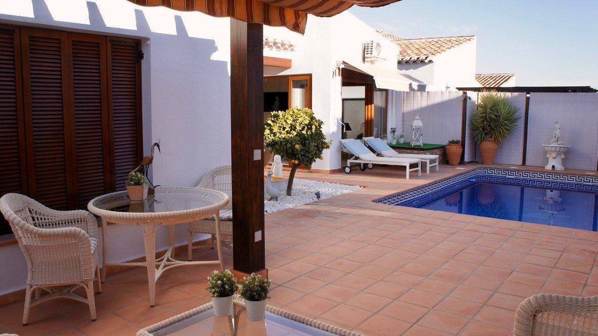 Galleribillede 33 of Super velholdt 5 værelses (4 soveværelser) villa med egen helt ugenert pool på El Valle Golf Resort