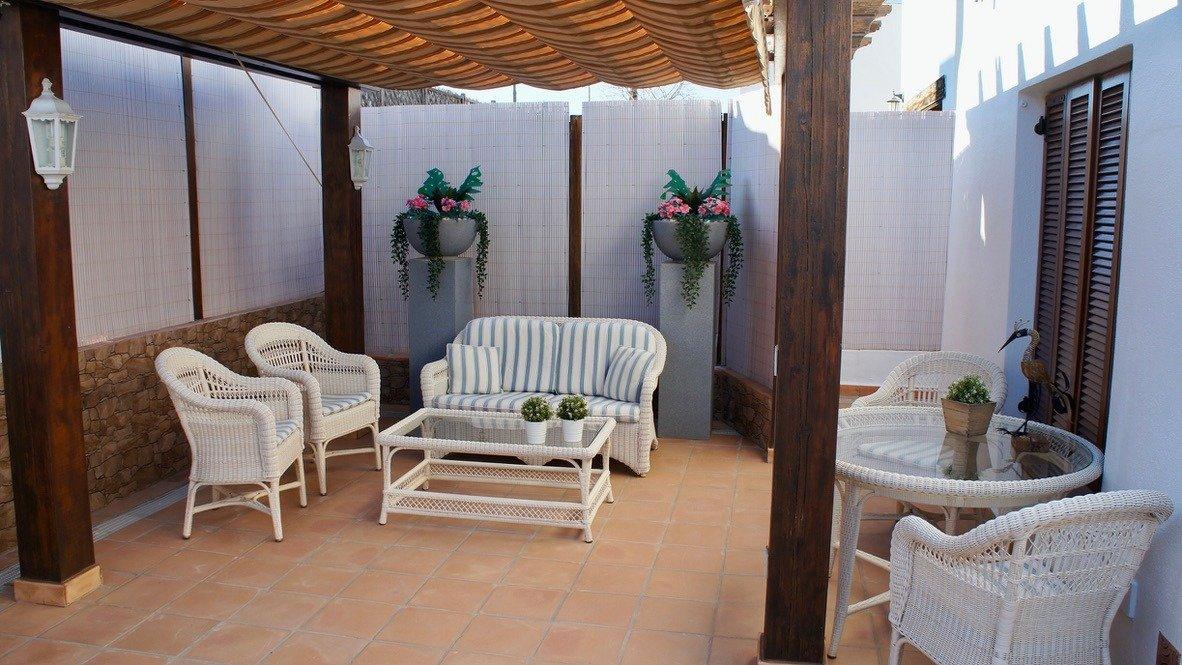 Galleribillede 34 of Super velholdt 5 værelses (4 soveværelser) villa med egen helt ugenert pool på El Valle Golf Resort