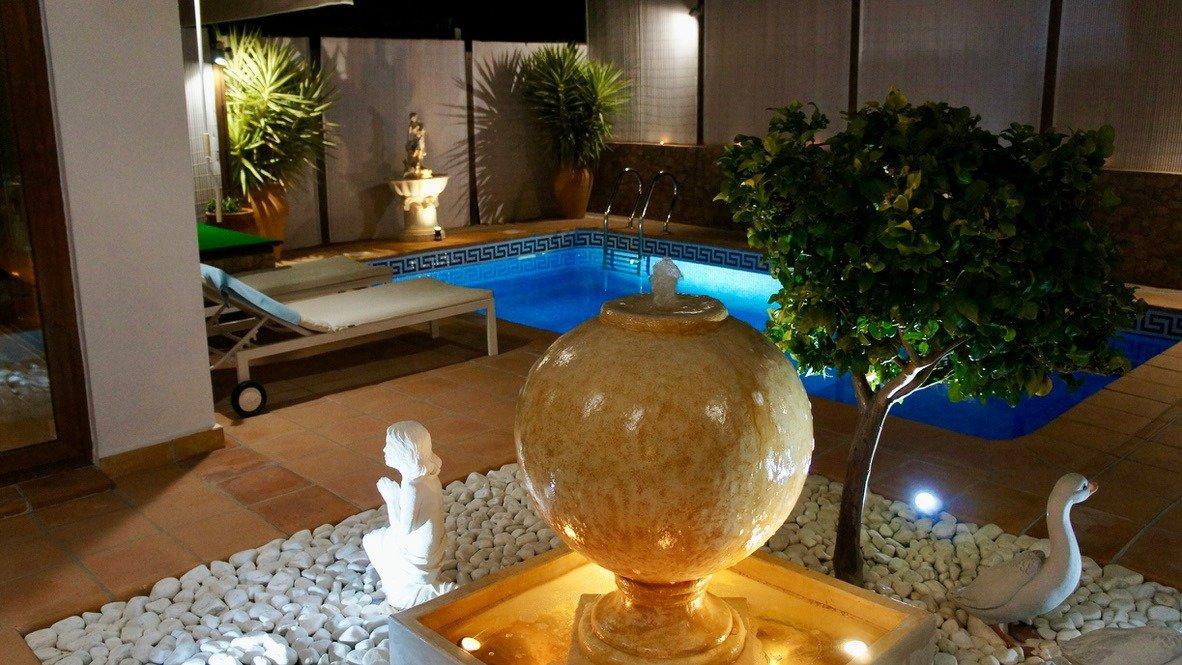 Galleribillede 38 of Super velholdt 5 værelses (4 soveværelser) villa med egen helt ugenert pool på El Valle Golf Resort