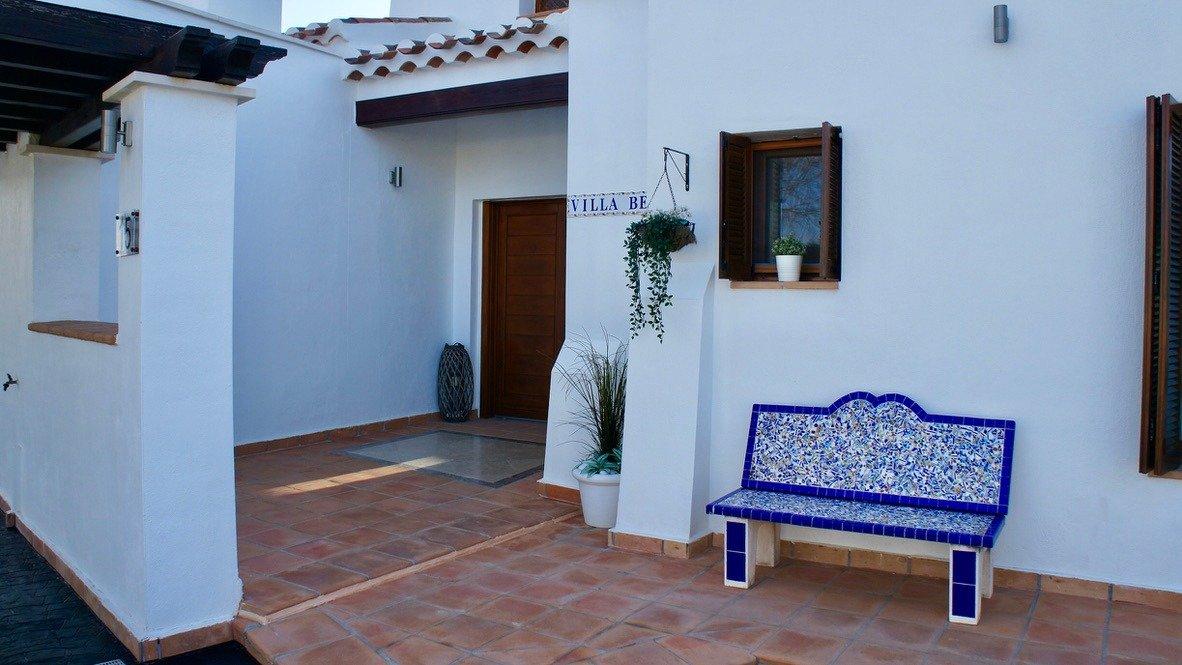 Galleribillede 42 of Super velholdt 5 værelses (4 soveværelser) villa med egen helt ugenert pool på El Valle Golf Resort