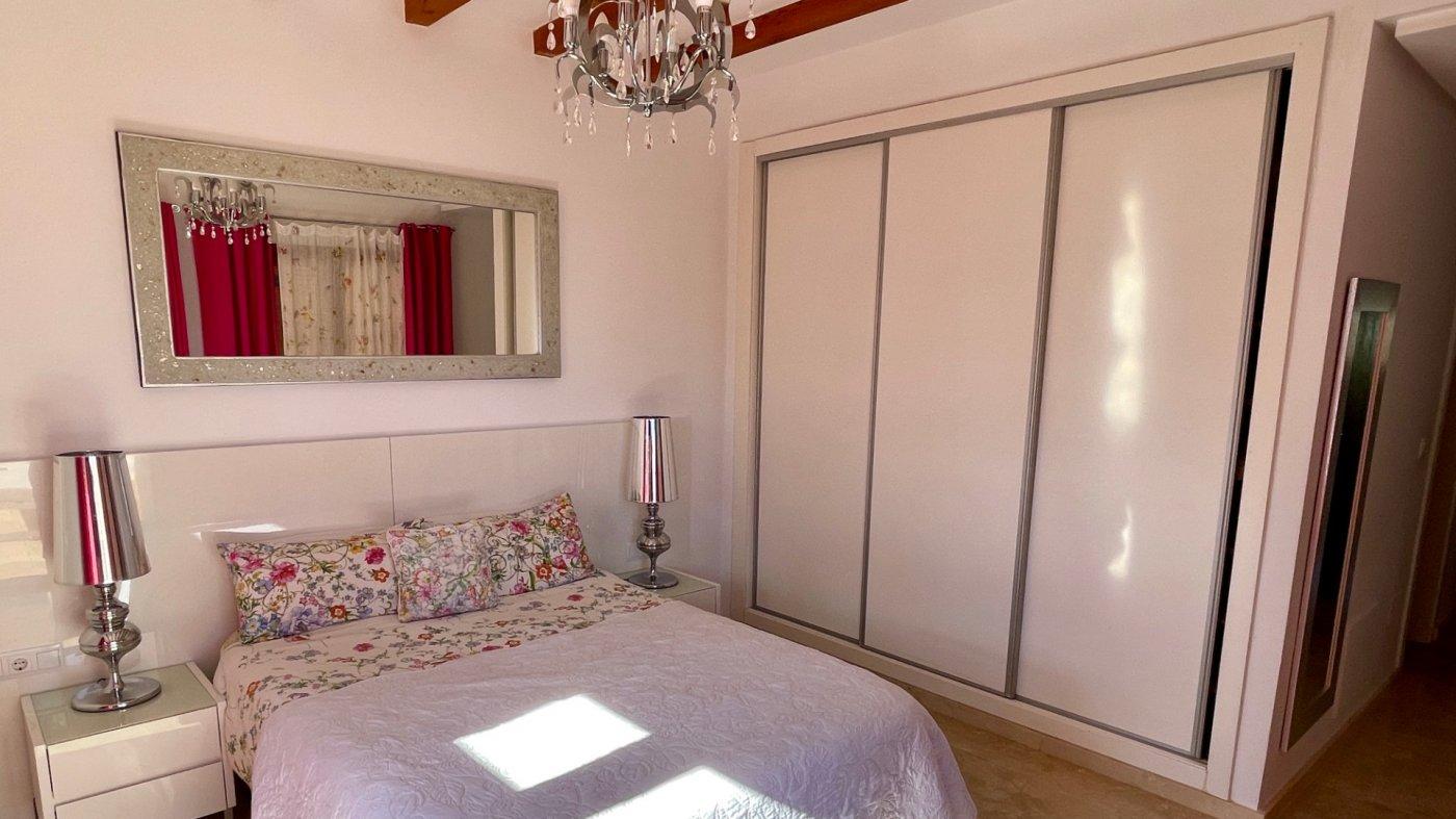 Gallery Image 24 of Se Vende Villa en El Valle Golf Resort, Baños Y Mendigo Con Piscina