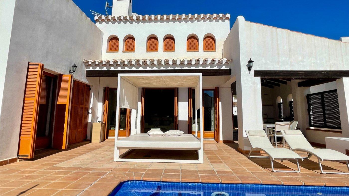 Imagen de la galería 2 of Se Vende Villa en El Valle Golf Resort, Baños Y Mendigo Con Piscina