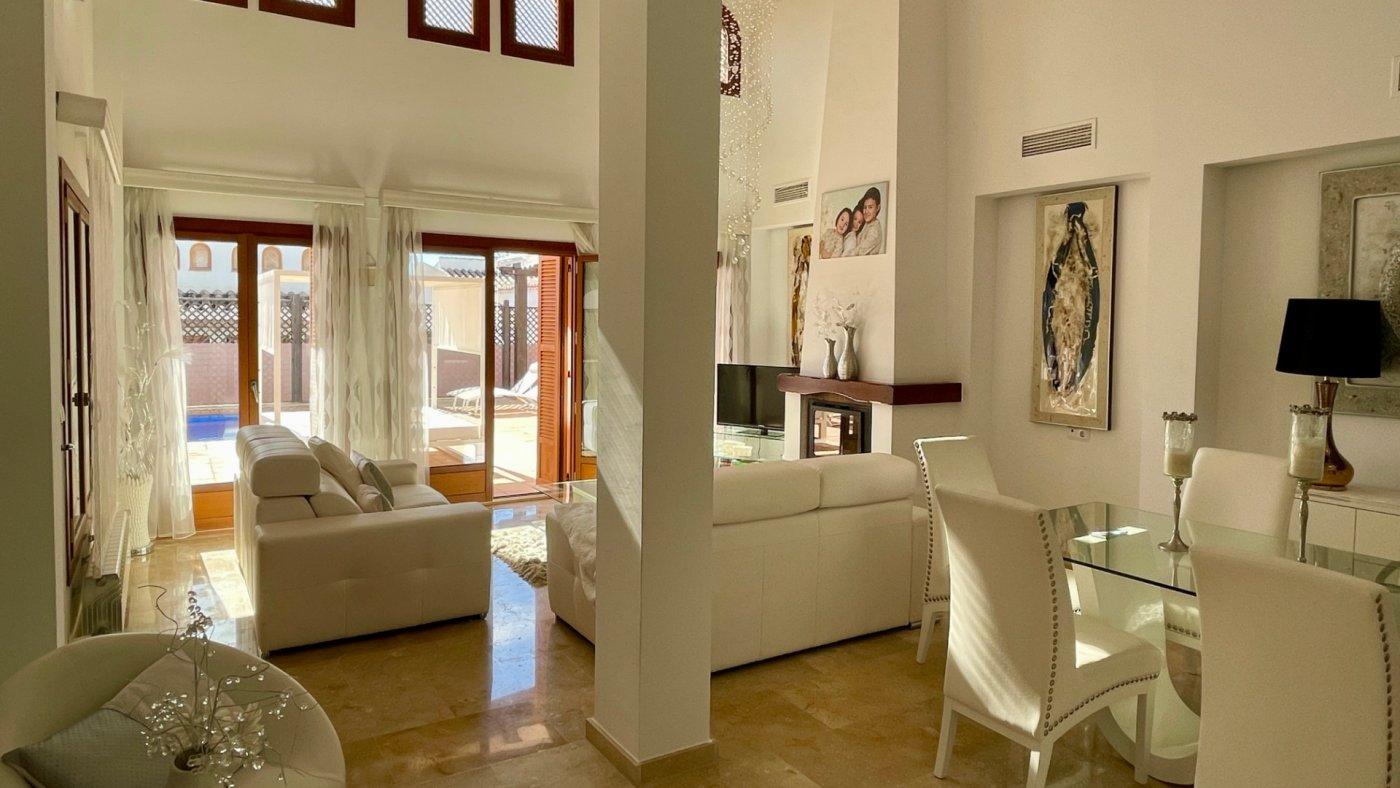 Imagen de la galería 7 of Se Vende Villa en El Valle Golf Resort, Baños Y Mendigo Con Piscina