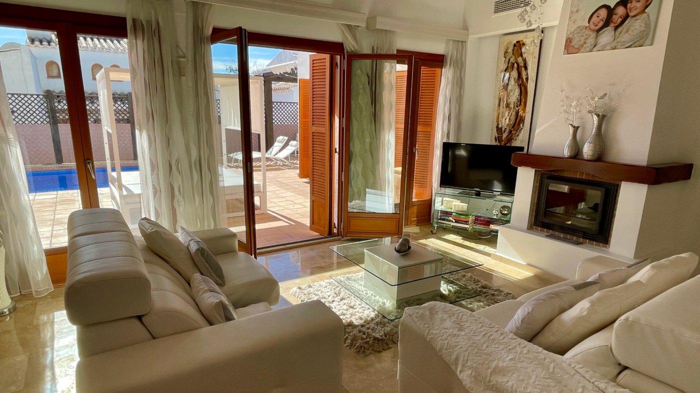 Imagen de la galería 8 of Se Vende Villa en El Valle Golf Resort, Baños Y Mendigo Con Piscina