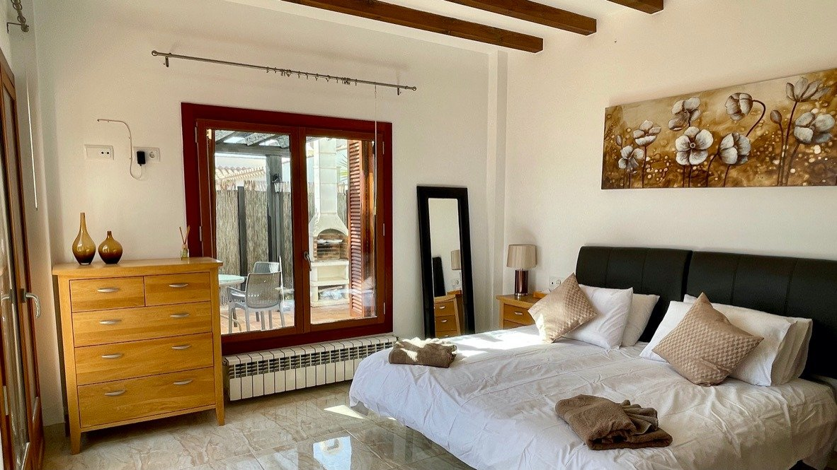 Gallery Image 17 of Nice sunny south facing 3 bed villa with private pool on El Valle Golf Resort