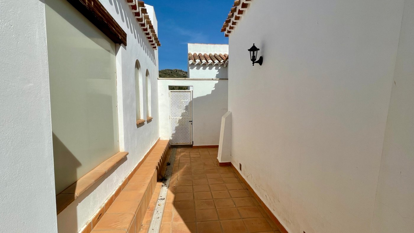 Gallery Image 31 of Nice sunny south facing 3 bed villa with private pool on El Valle Golf Resort