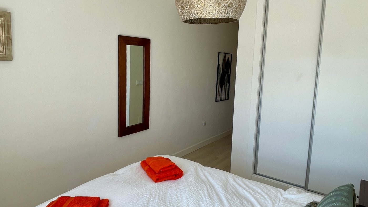 Gallery Image 17 of Se Vende Apartamento en El Valle Golf Resort, Baños Y Mendigo Con Piscina