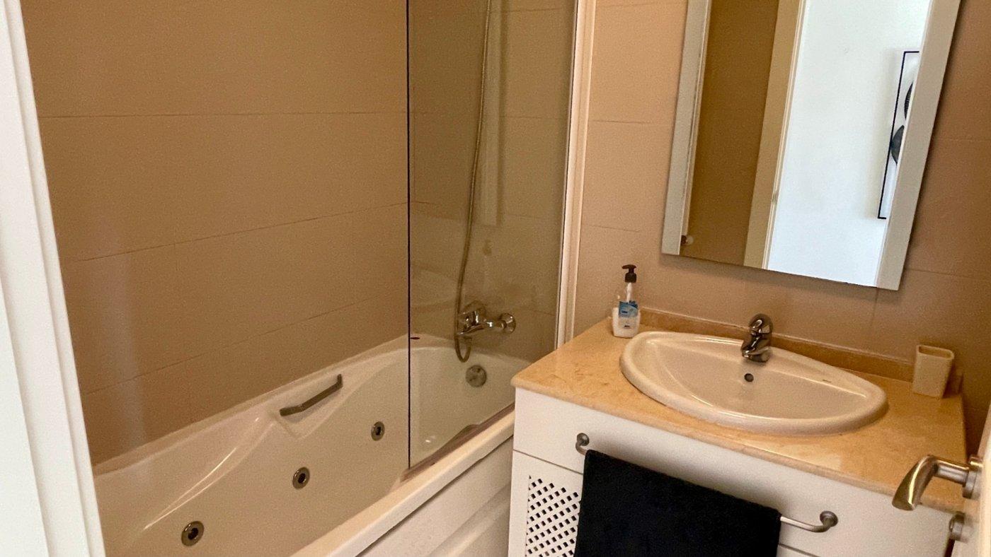 Gallery Image 18 of Se Vende Apartamento en El Valle Golf Resort, Baños Y Mendigo Con Piscina