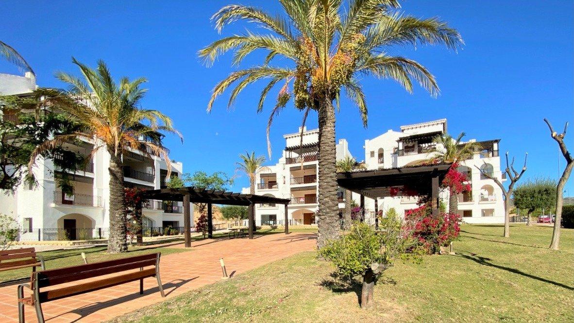 Gallery Image 24 of Se Vende Apartamento en El Valle Golf Resort, Baños Y Mendigo Con Piscina