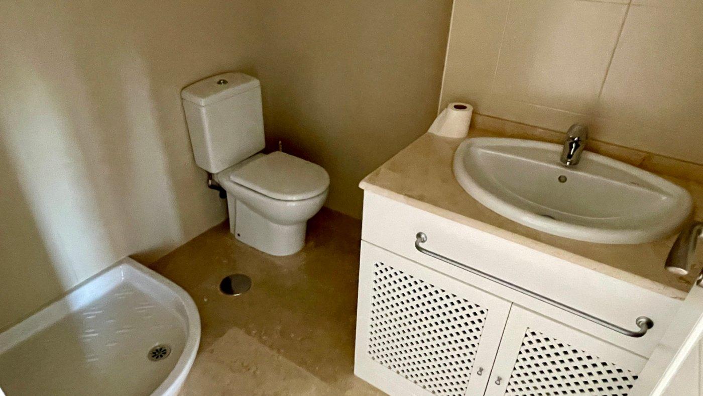 Gallery Image 22 of Se Vende Apartamento en El Valle Golf Resort, Baños Y Mendigo Con Piscina