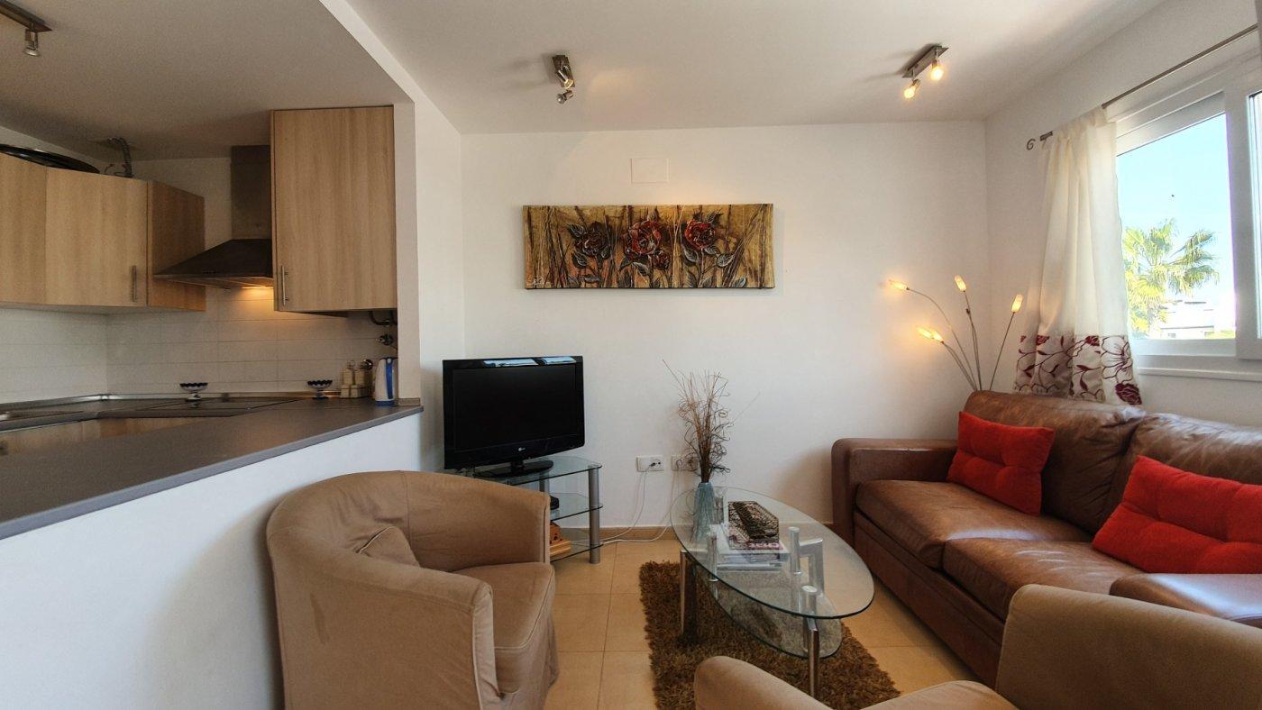 Gallery Image 10 of Apartamento de 2 dormitorios con terraza en la azotea, con vista a la piscina y cerca de todo