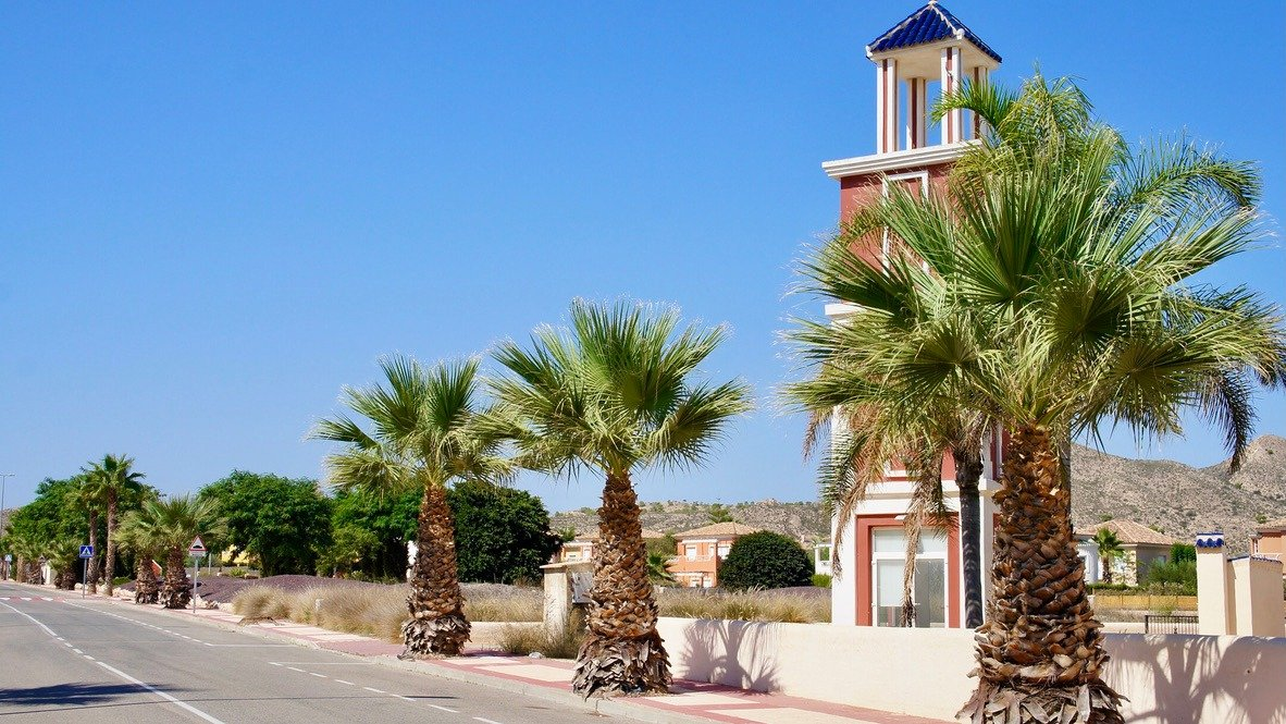 Gallery Image 15 of Lovely well designed Townhouse, on golf course, close to Murcia and the beaches.