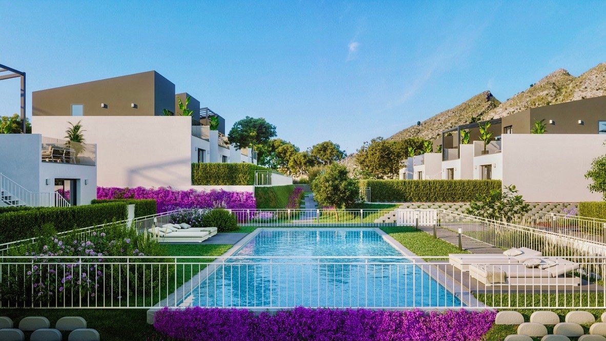 Gallery Image 5 of Lovely well designed Townhouse, on golf course, close to Murcia and the beaches.