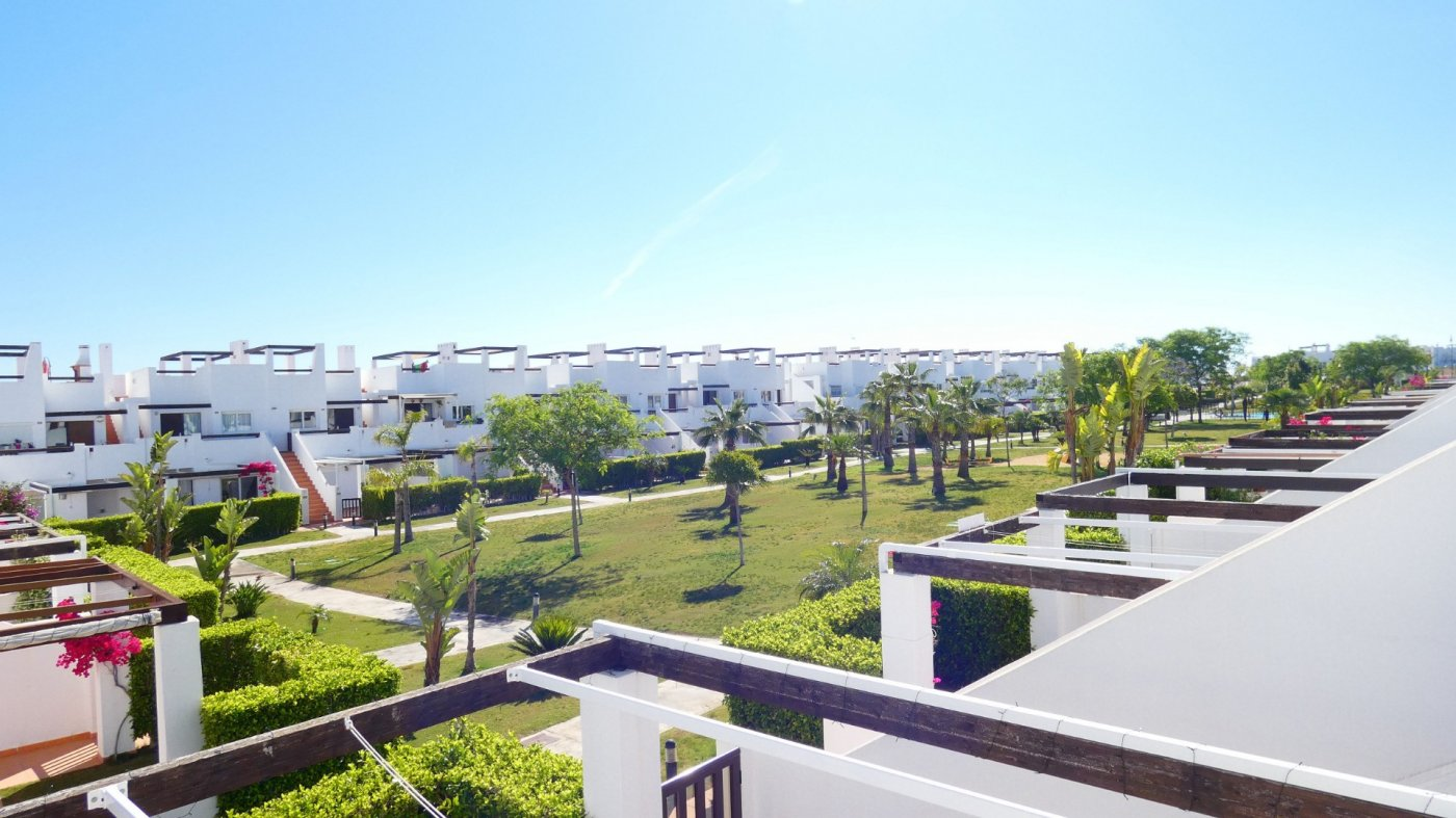Gallery Image 17 of Immaculate 2 Bedroom Apartment with Roof Terrace, Stunning Panoramic Views, Communal Pool
