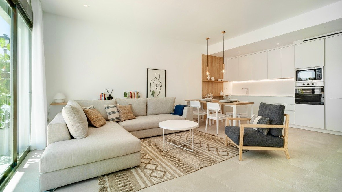 Gallery Image 2 of One Level Villas at Mosa / Altaona Golf, 3 bed 2 bath with private pool on lovely golf resort