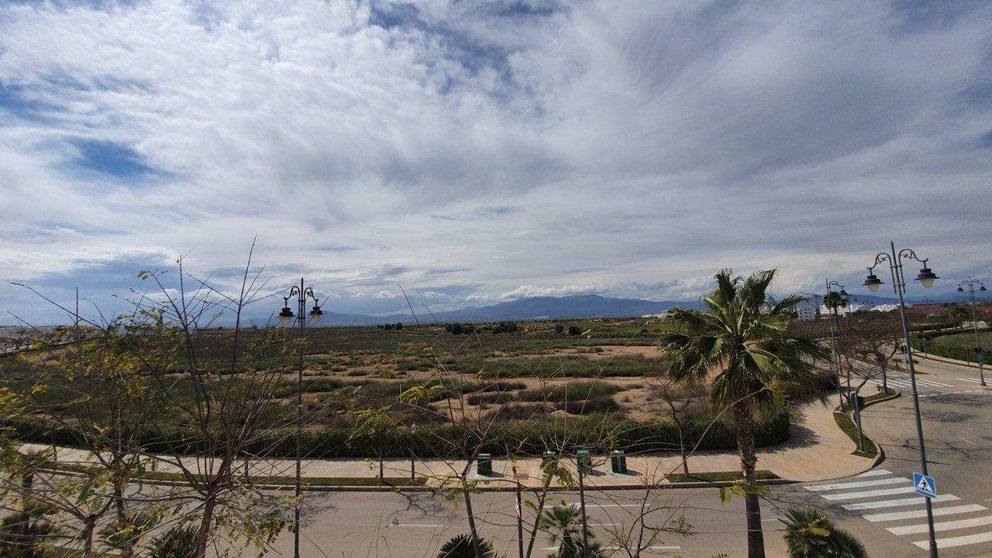 Gallery Image 25 of Precioso ático de 2 dormitorios en Jardin 13 con solarium y vistas panoramicas