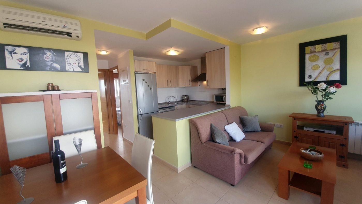 Gallery Image 26 of Precioso ático de 2 dormitorios en Jardin 13 con solarium y vistas panoramicas
