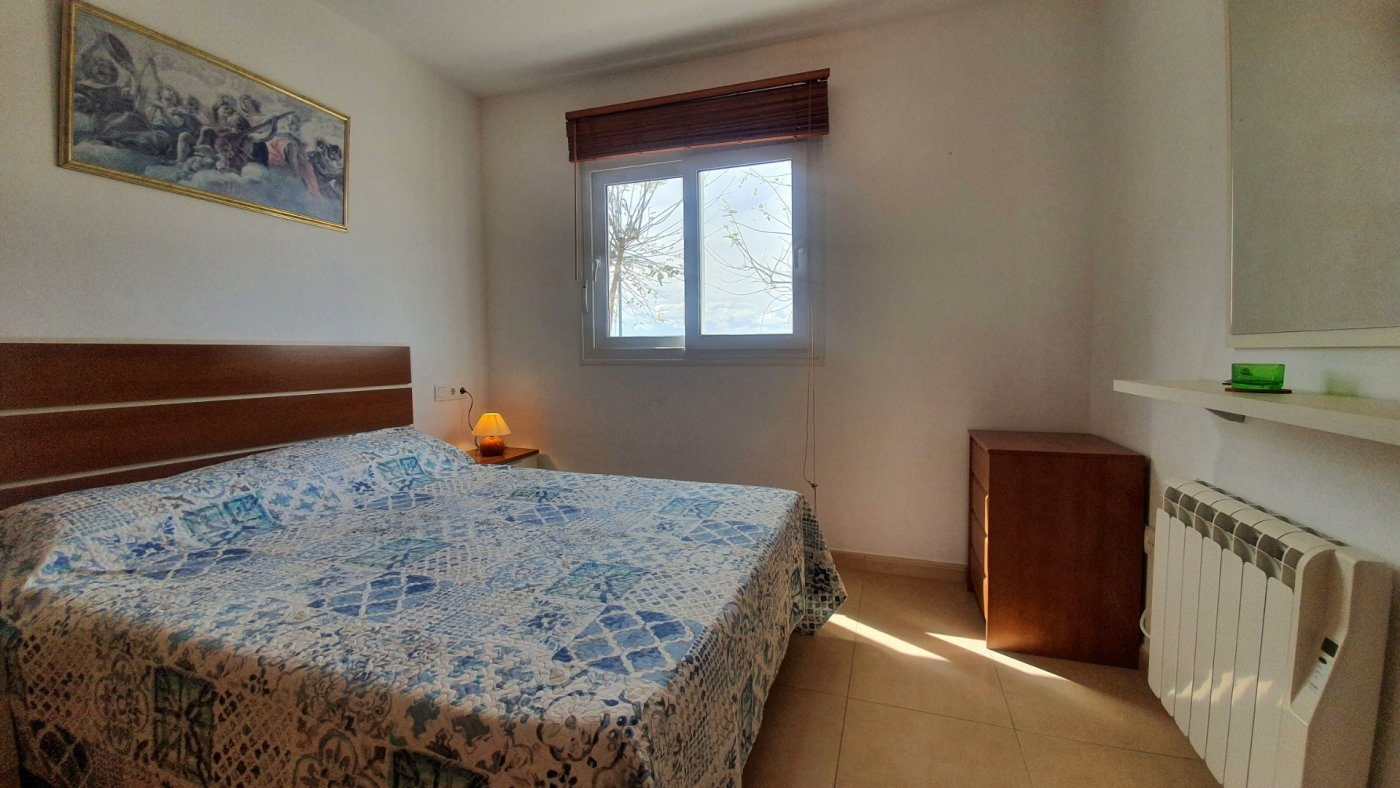 Imagen de la galería 8 of Precioso ático de 2 dormitorios en Jardin 13 con solarium y vistas panoramicas