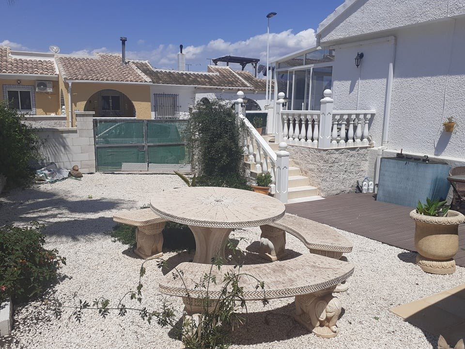 Gallery Image 2 of IF YOU ARE LOOKING FOR A PROPERTY WITH PLENTY OF OUTDOOR SPACE THEN LOOK NO FURTHER!!
