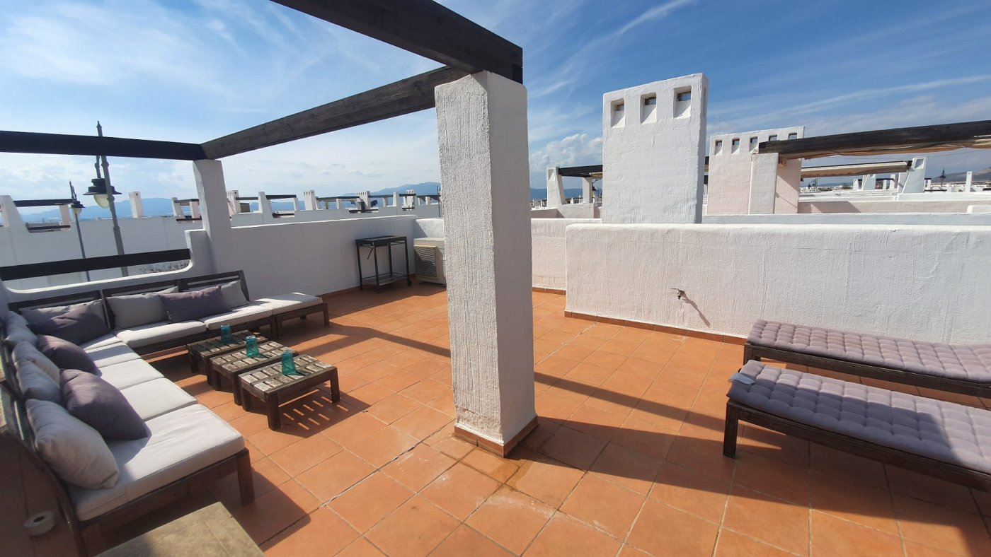 Gallery Image 27 of Immaculate 2 Bedroom Apartment with Pool Views and Roof Terrace in Jardin 9, Condado de Alhama
