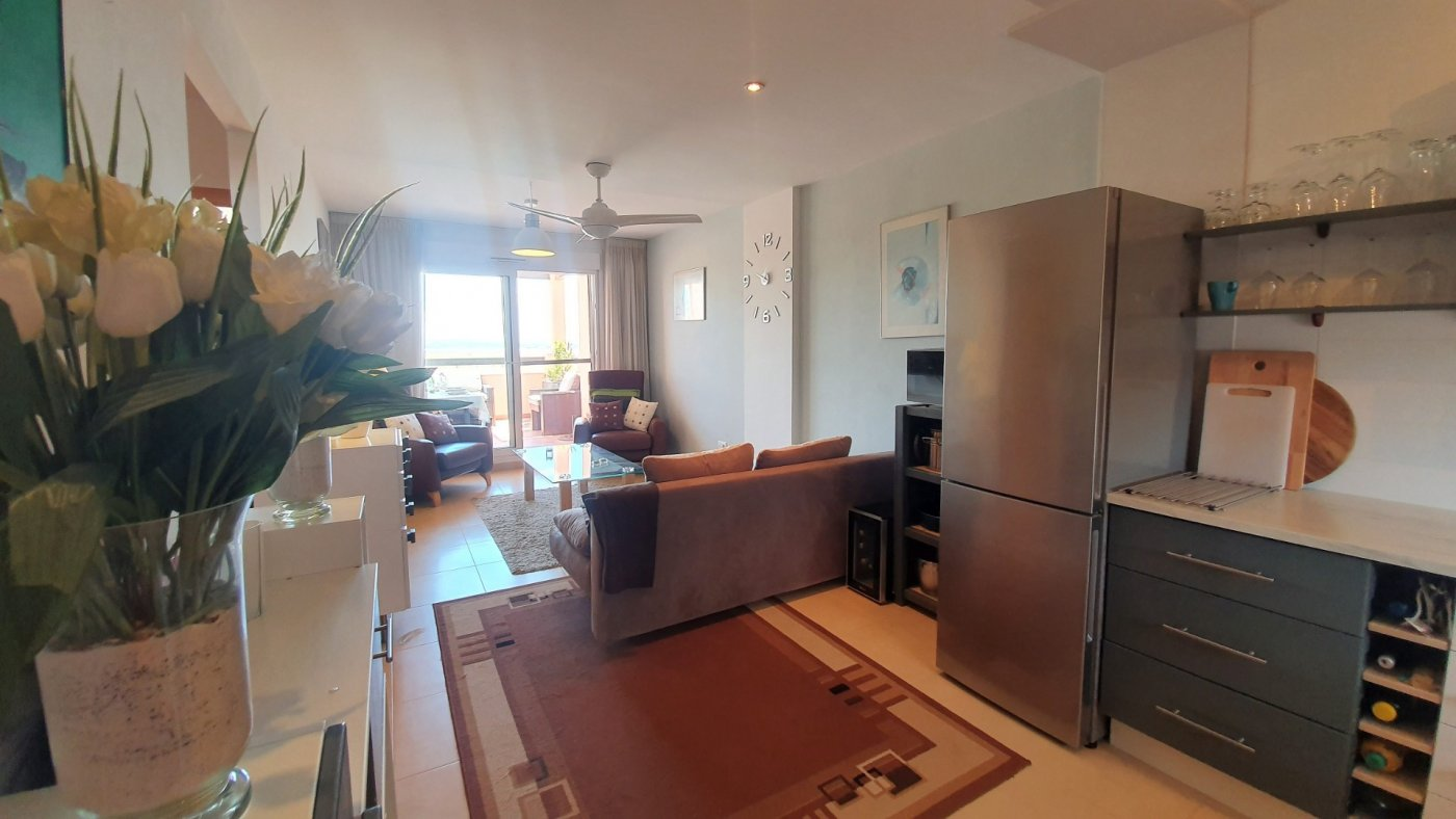 Gallery Image 6 of Ready to move 2 bed apartment on the exclusive La Isla development