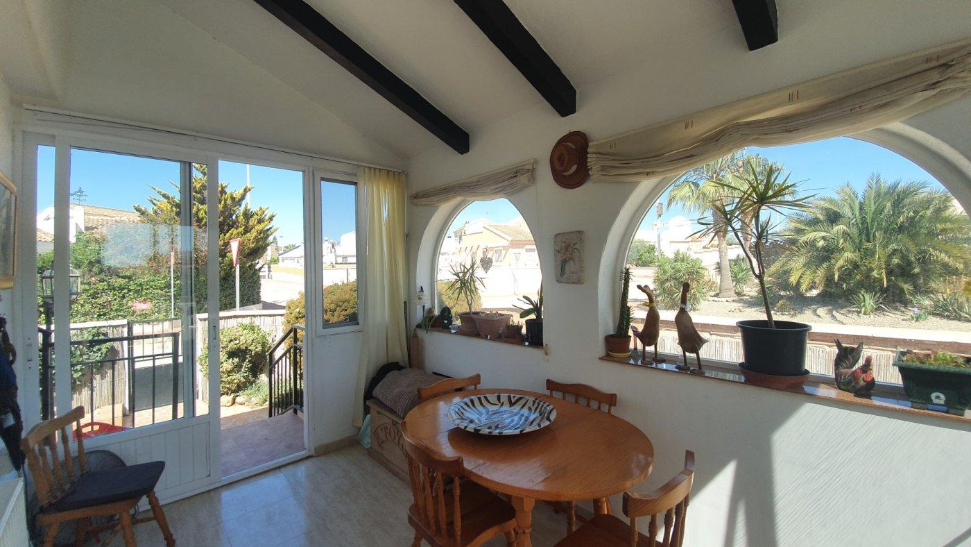 Gallery Image 10 of Chalet con piscina con 2 dormitorios en parcela de 700 metros