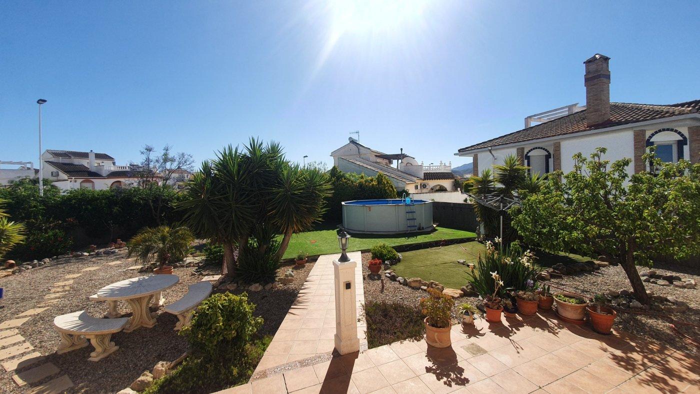 Gallery Image 19 of Chalet con piscina con 2 dormitorios en parcela de 700 metros