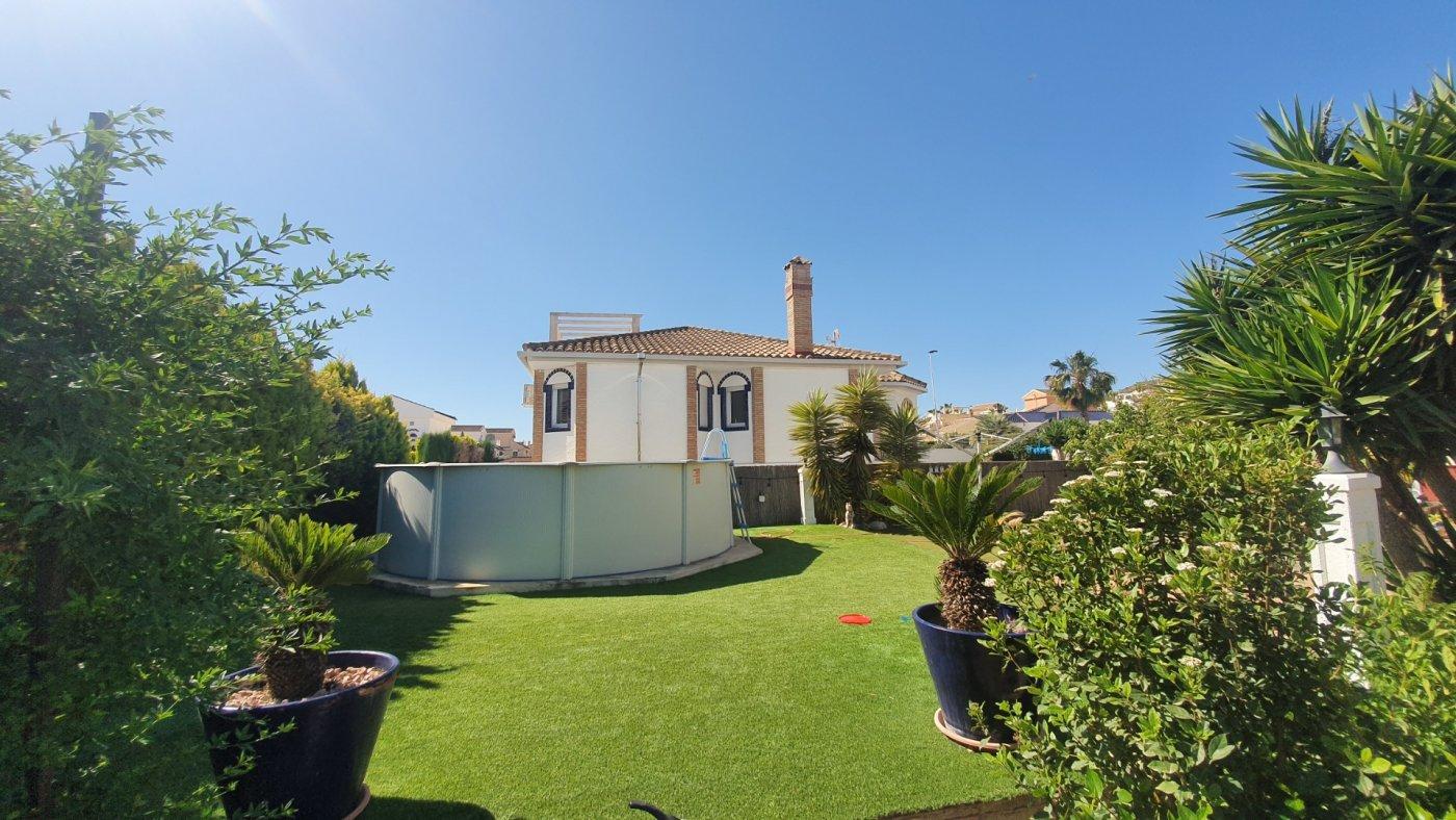 Gallery Image 21 of Chalet con piscina con 2 dormitorios en parcela de 700 metros