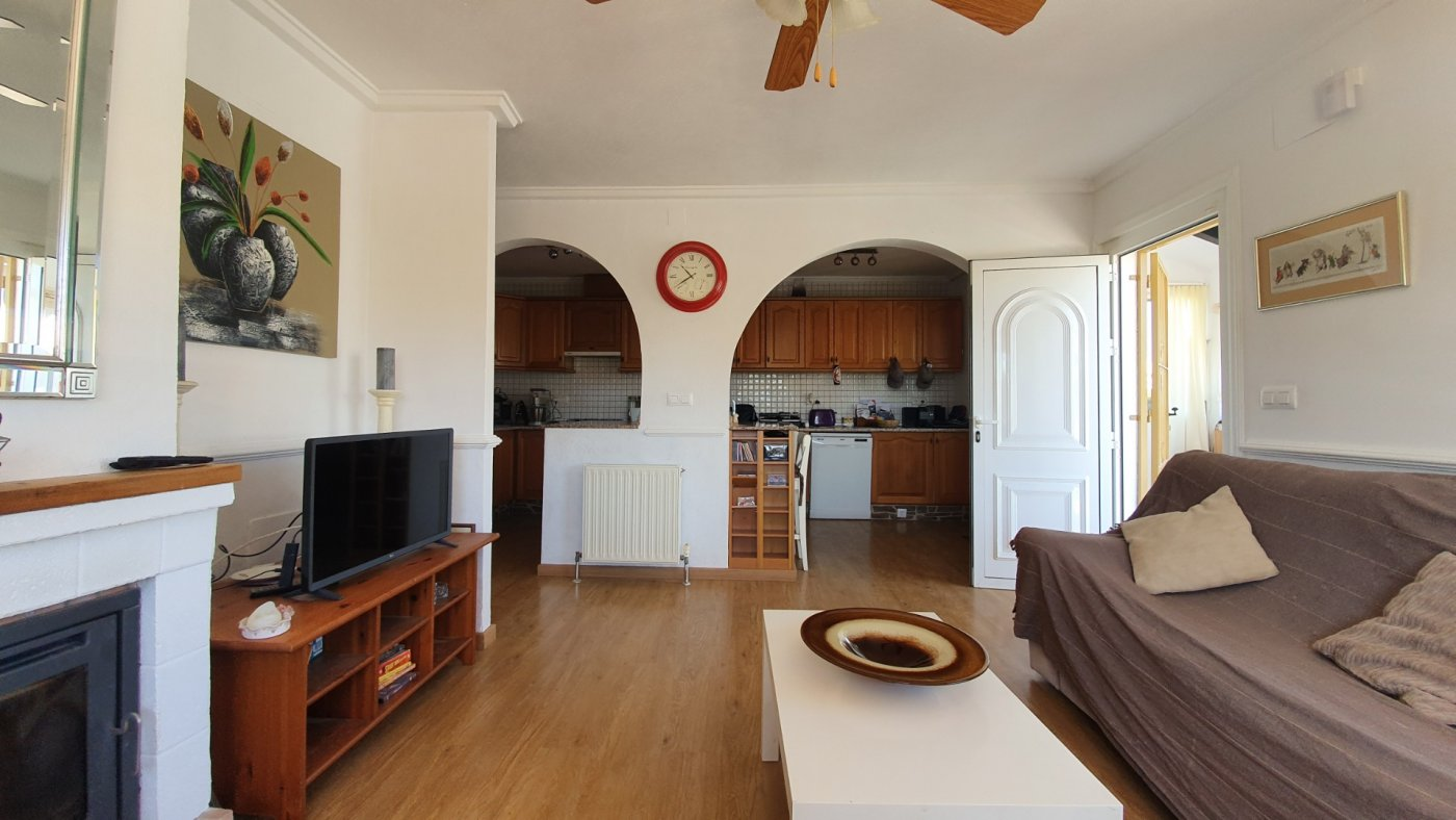 Gallery Image 24 of Chalet con piscina con 2 dormitorios en parcela de 700 metros