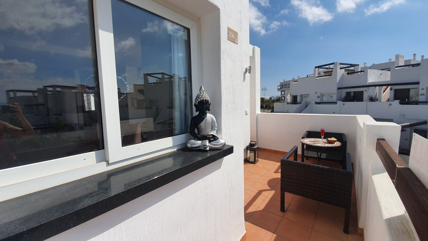 Gallery Image 19 of Espectacular atico de 2 dormitorios con terraza y gran solarium y piscina comunitaria en Naranjos 6