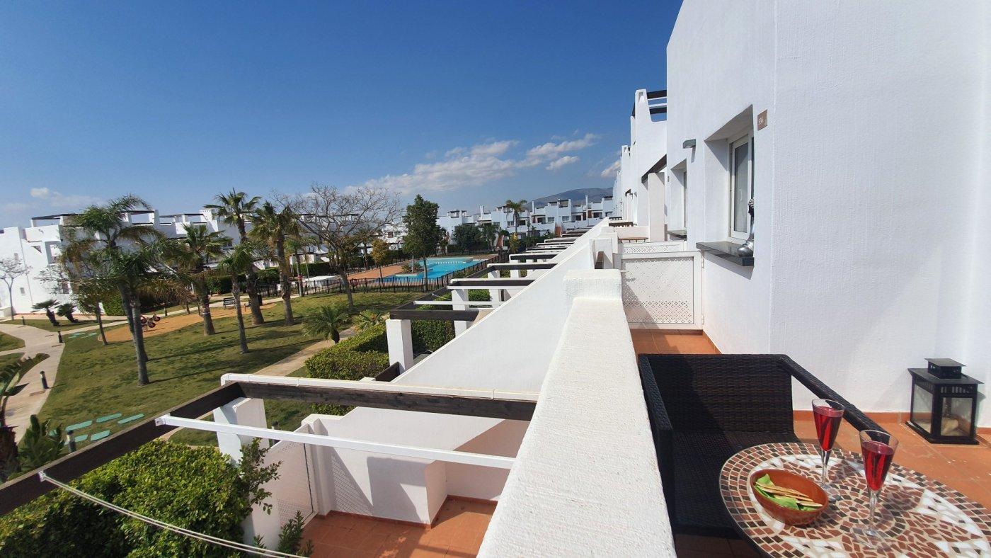 Imagen de la galería 3 of Espectacular atico de 2 dormitorios con terraza y gran solarium y piscina comunitaria en Naranjos 6