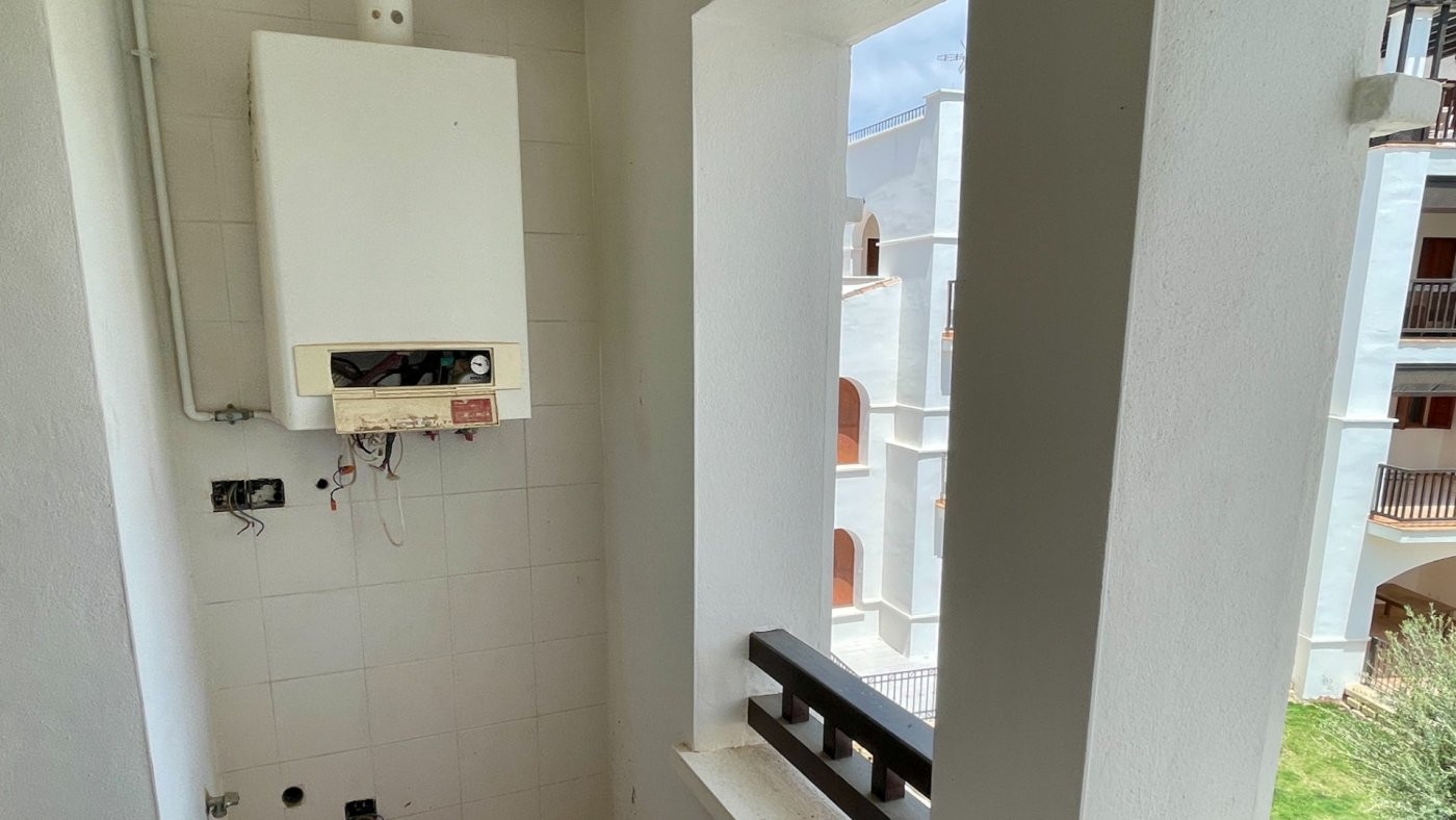 Gallery Image 18 of Hermosa vista, terraza grande de 28 m2, 2 dormitorios, 2 baños, 2do piso en El Valle Golf