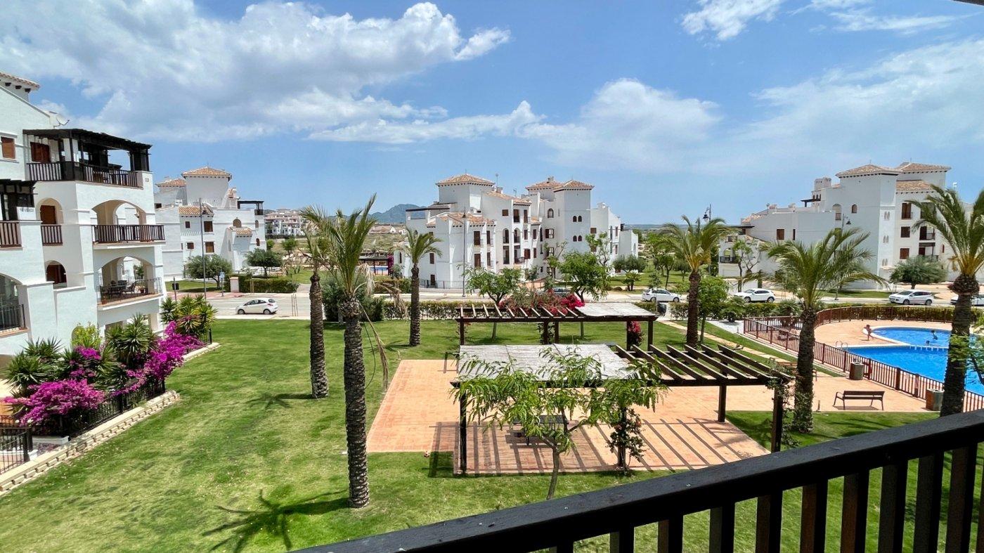 Gallery Image 19 of Hermosa vista, terraza grande de 28 m2, 2 dormitorios, 2 baños, 2do piso en El Valle Golf