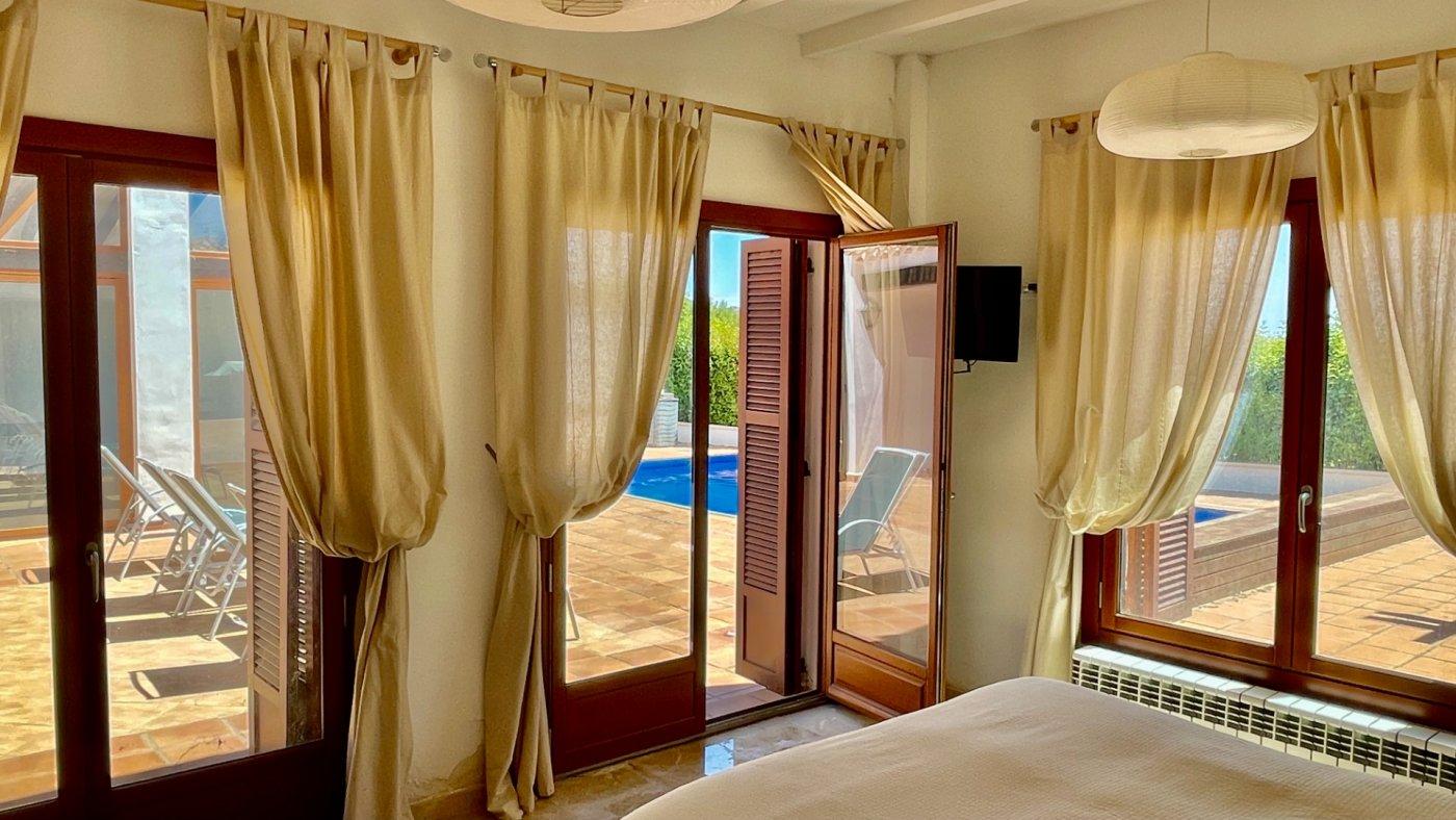 Gallery Image 17 of Absolutamente increíble gran villa en primera línea en El Valle Golf Resort