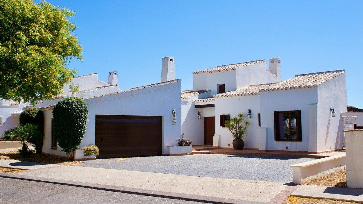 Imagen de la galería 1 of Absolutamente increíble gran villa en primera línea en El Valle Golf Resort