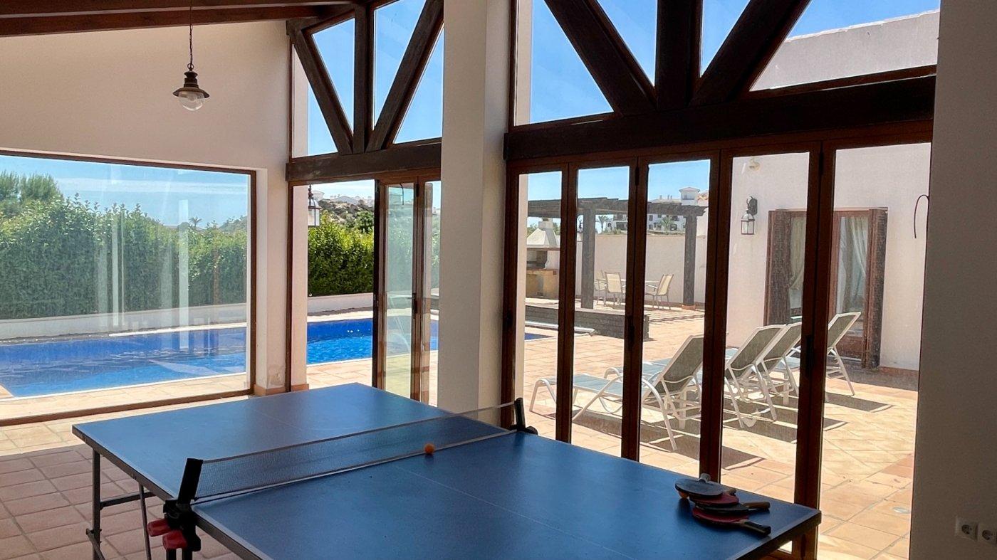 Gallery Image 33 of Absolutamente increíble gran villa en primera línea en El Valle Golf Resort