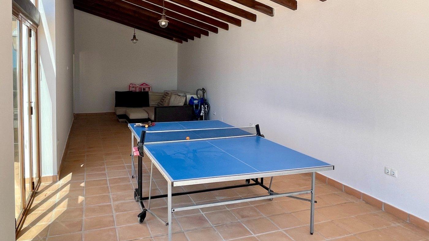Gallery Image 36 of Absolutamente increíble gran villa en primera línea en El Valle Golf Resort