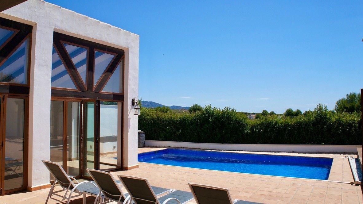 Imagen de la galería 3 of Absolutamente increíble gran villa en primera línea en El Valle Golf Resort