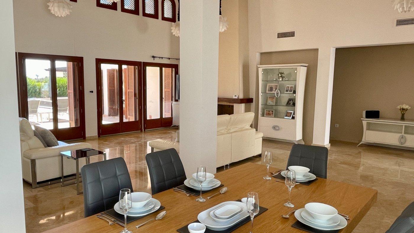 Imagen de la galería 7 of Absolutamente increíble gran villa en primera línea en El Valle Golf Resort