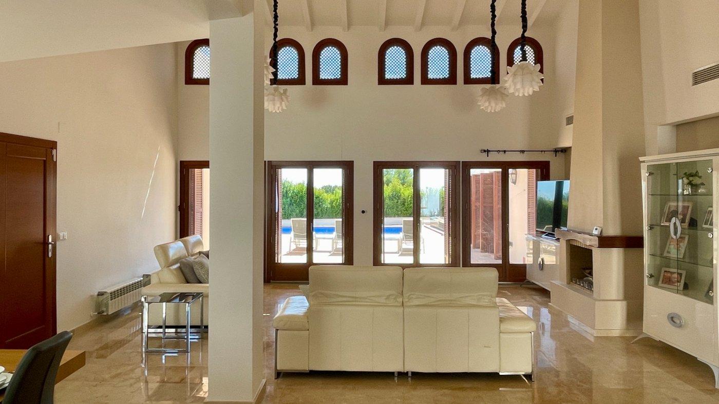Imagen de la galería 8 of Absolutamente increíble gran villa en primera línea en El Valle Golf Resort