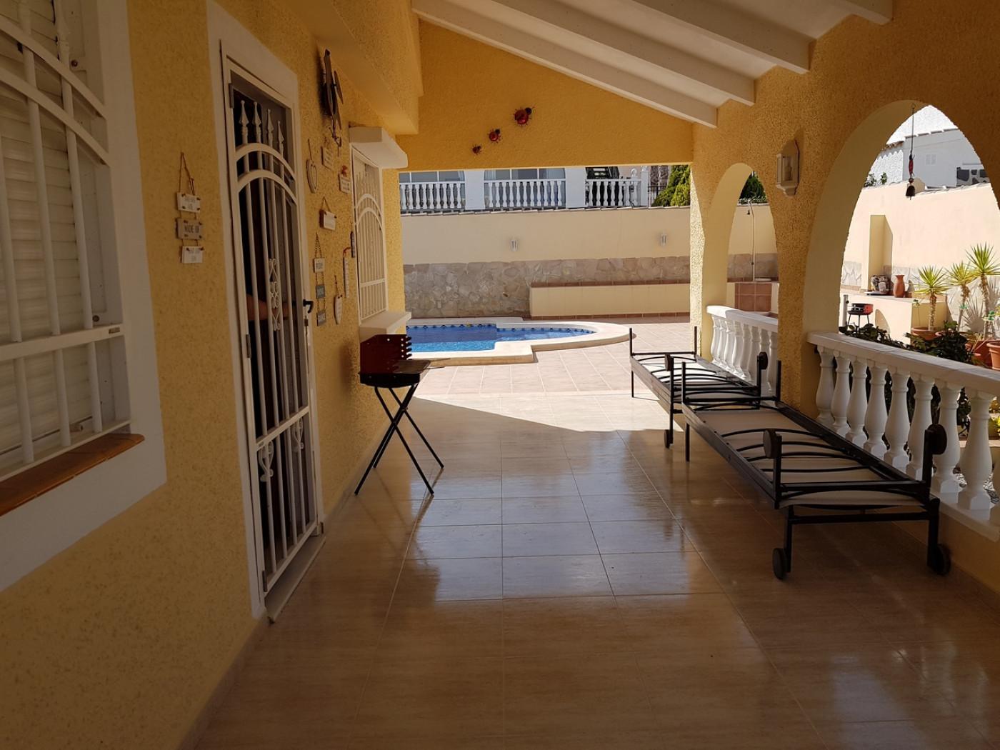 Imagen de la galería 3 of Se Vende Villa en Camposol, Mazarron Con Piscina