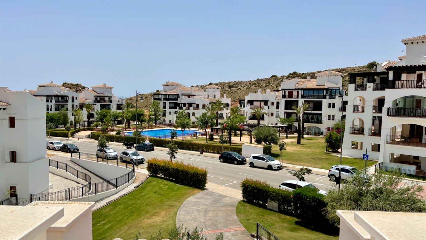 Galleribillede 1 of Fantastisk golf og pool fra 3 værelses lejlighed med 2 badeværelser  på El Valle Golf Resort