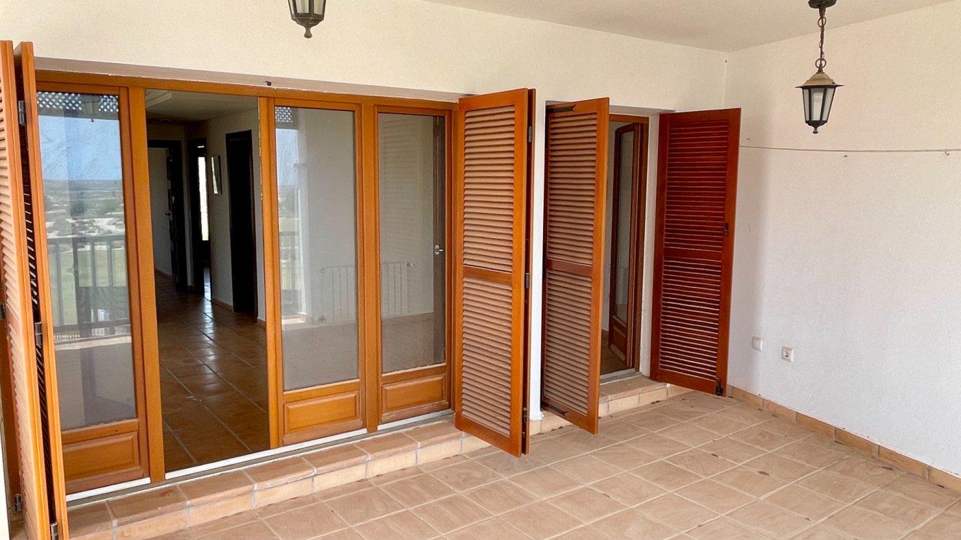 Galleribillede 3 of Fantastisk golf og pool fra 3 værelses lejlighed med 2 badeværelser  på El Valle Golf Resort