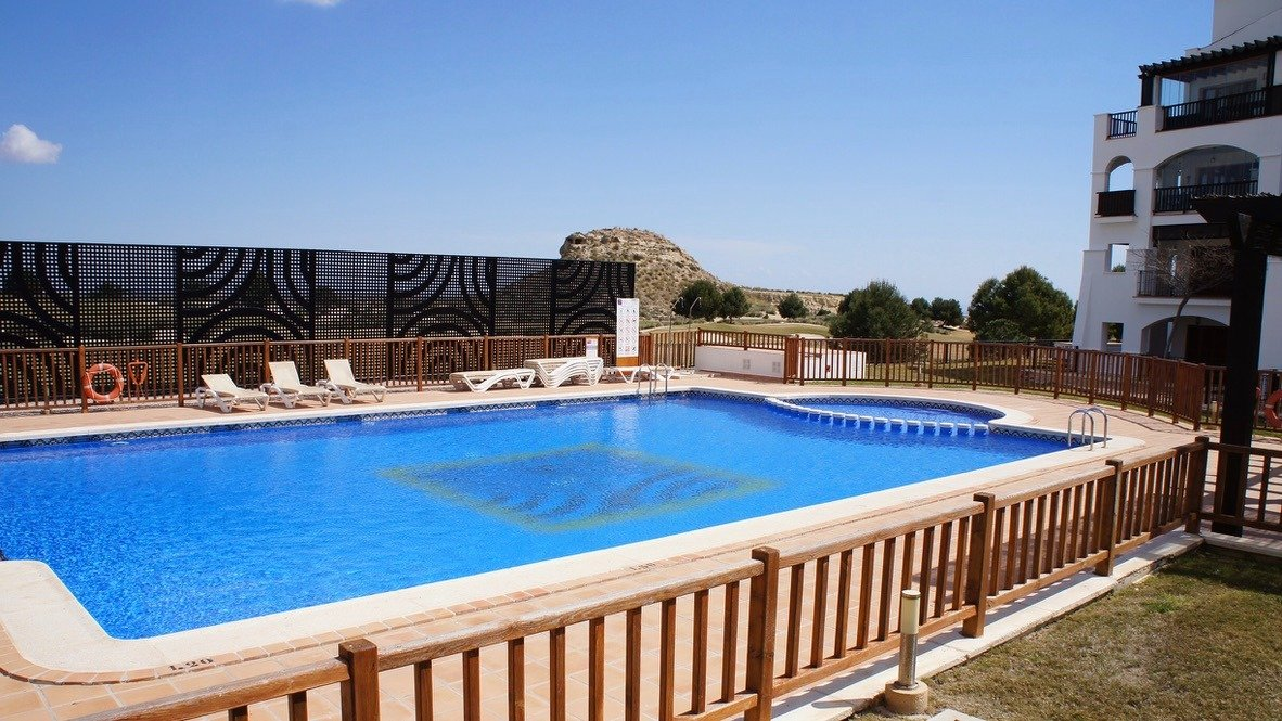 Galleribillede 18 of Kæmpe overdækket terrasse - 3 vær med 2 bad, golf udsigt på El Valle Golf Resort
