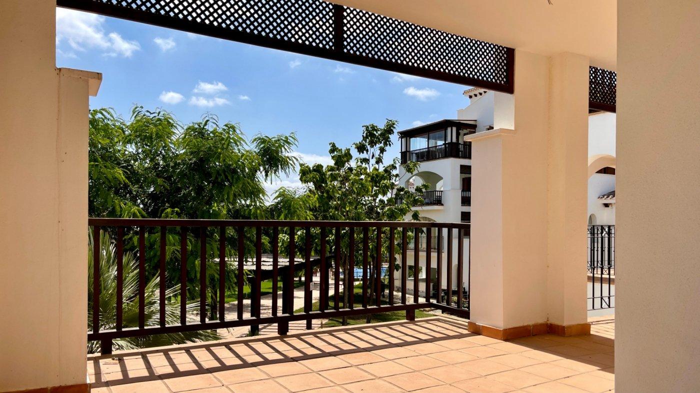 Galleribillede 2 of Stor 38 m2 terrasse, udsigt til golfbanen - 3 vær med 2 bad,  El Valle Golf Resort