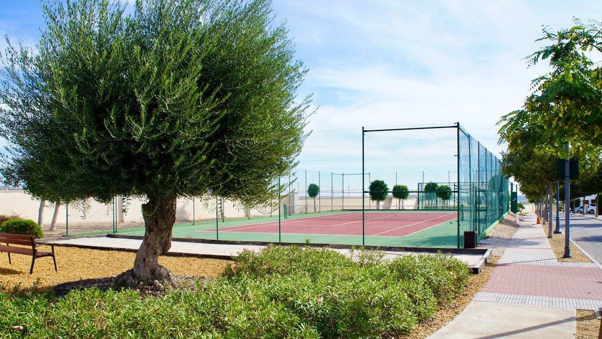 Galleribillede 30 of Stor 38 m2 terrasse, udsigt til golfbanen - 3 vær med 2 bad,  El Valle Golf Resort