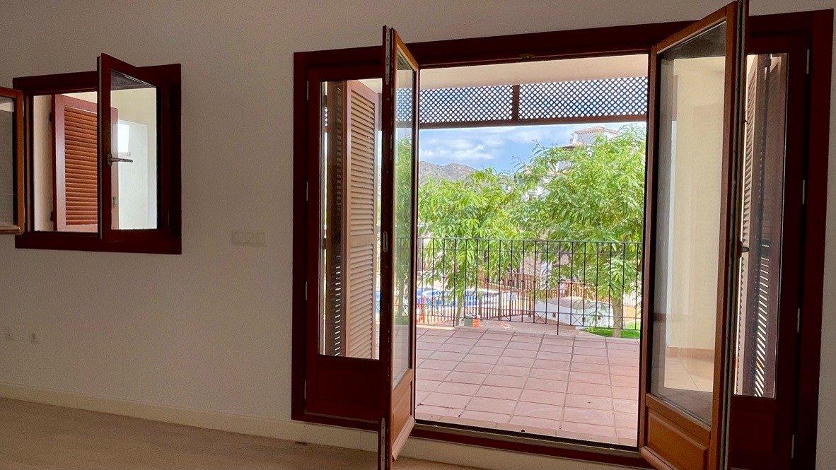 Galleribillede 4 of Stor 38 m2 terrasse, udsigt til golfbanen - 3 vær med 2 bad,  El Valle Golf Resort
