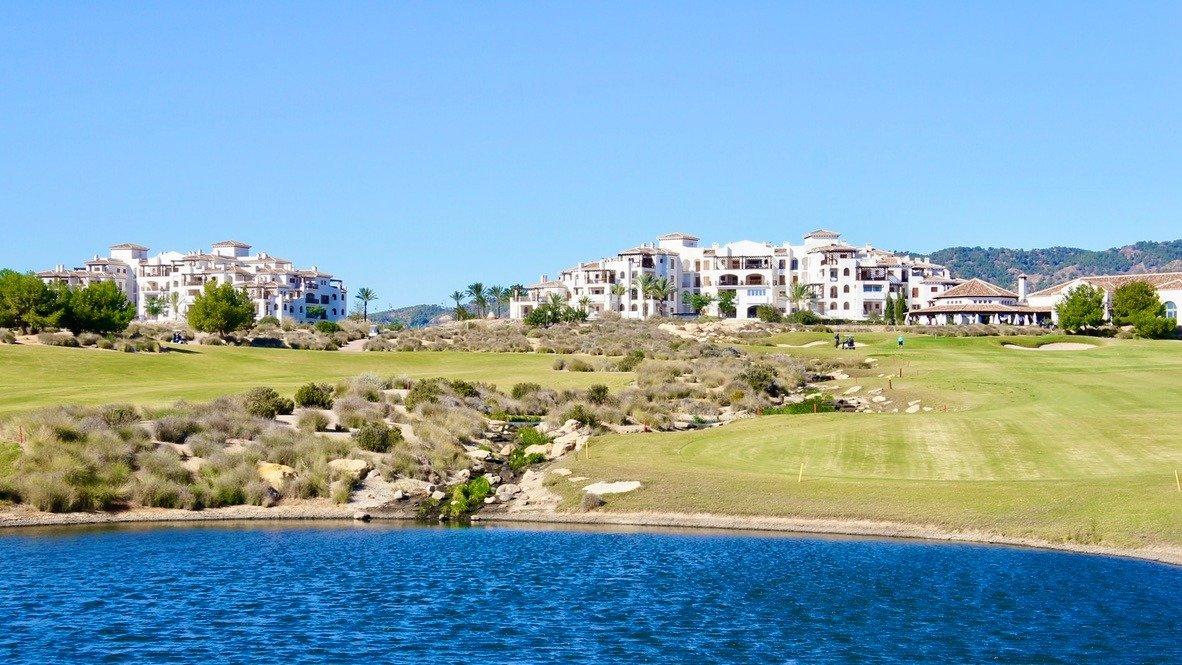 Galleribillede 22 of Fantastisk udsigt, godt tilbud - 2 sals, 3 vær med 2 bad, first line golf på El Valle Golf Resort