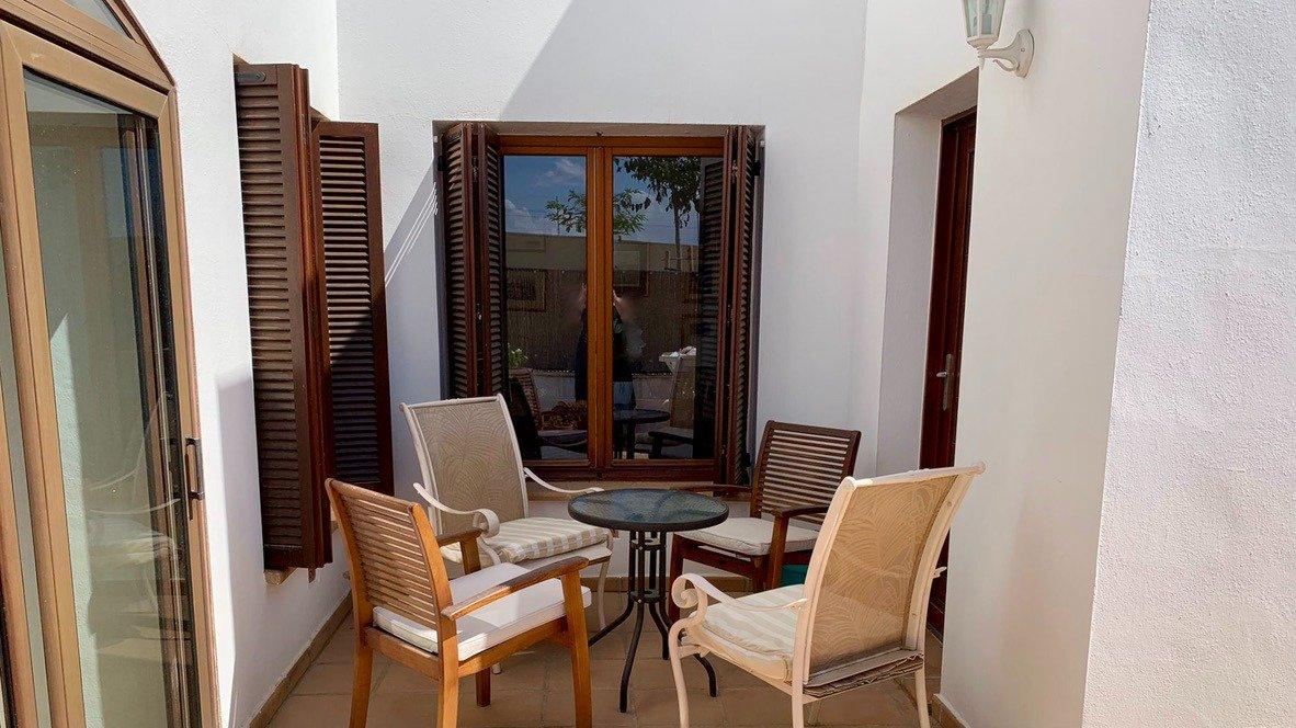 Galleribillede 26 of Velholdt 4 værelses et plans villa på hjørne grund med egen pøl på El Valle Golf Resort
