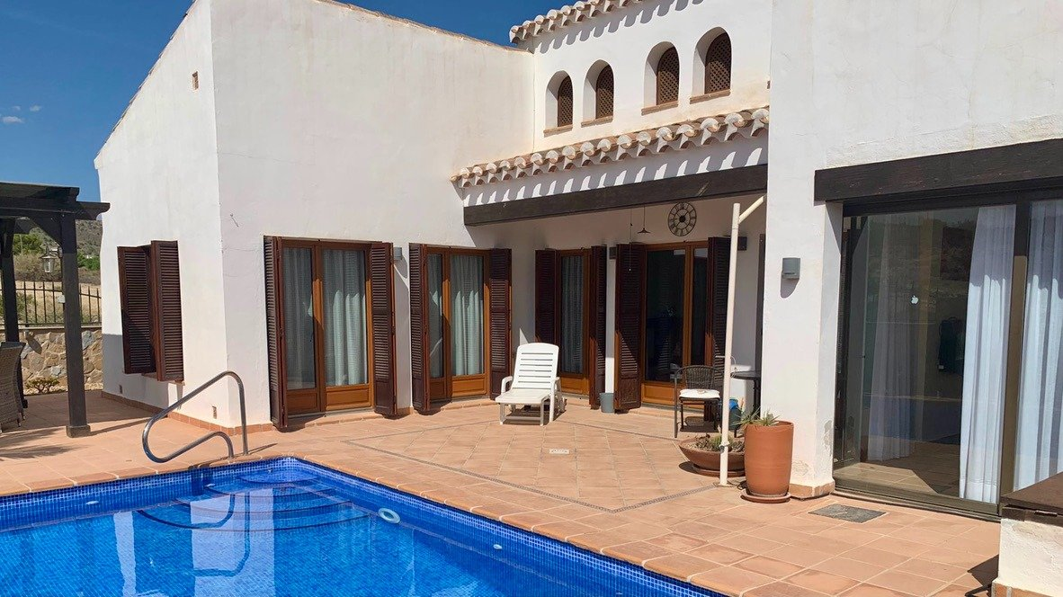 Gallery Image 1 of Nice south west facing 3 bed corner villa with private pool on El Valle Golf Resort